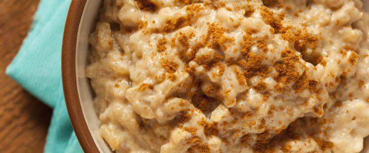 Ryż brązowy z bananami – pomysł na deser