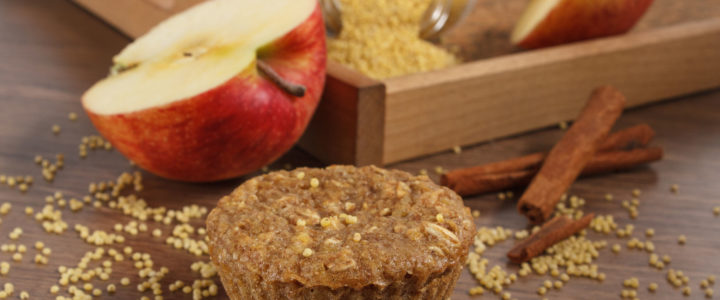 Muffinki jaglane z jabłkami i cynamonem